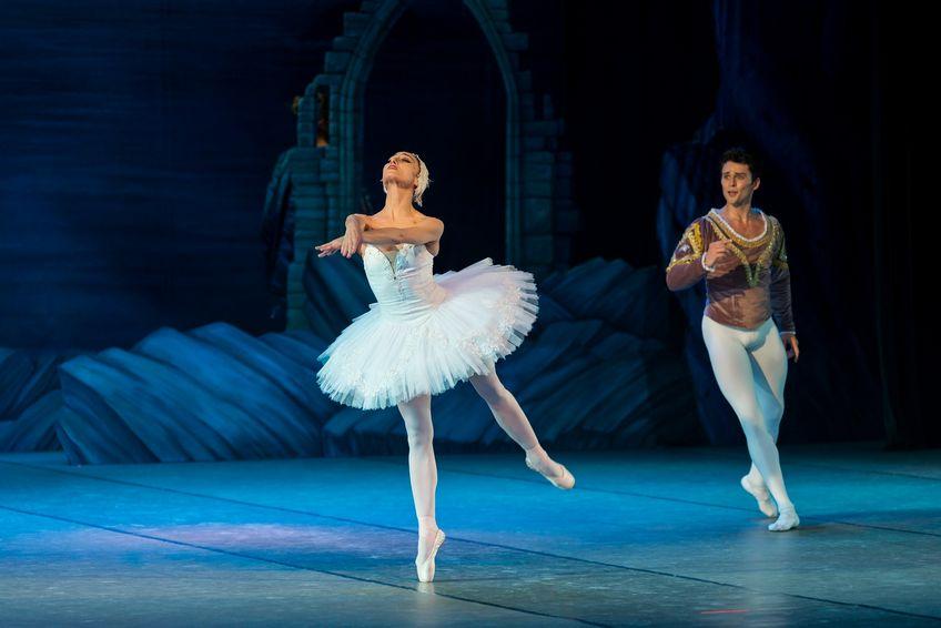 Schwanensee: Ein Ballettmärchen kurz erzählt